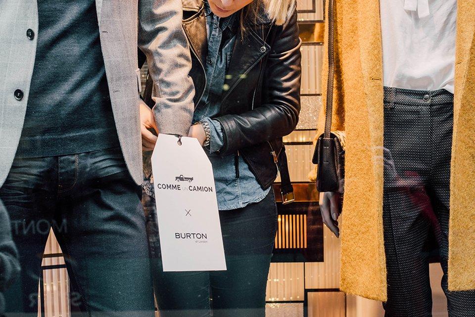 Vitrines Burton étiquette