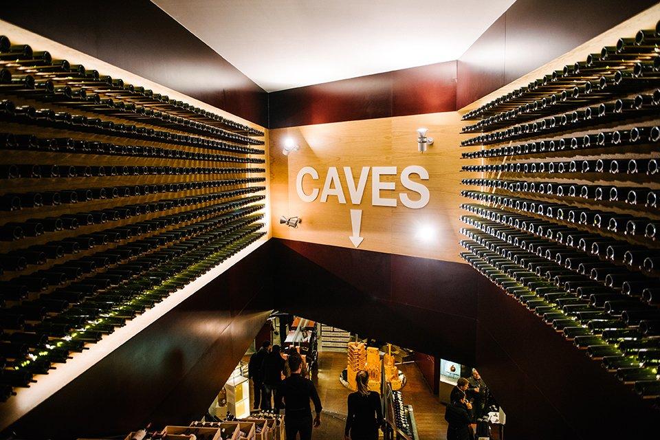 lavinia caves