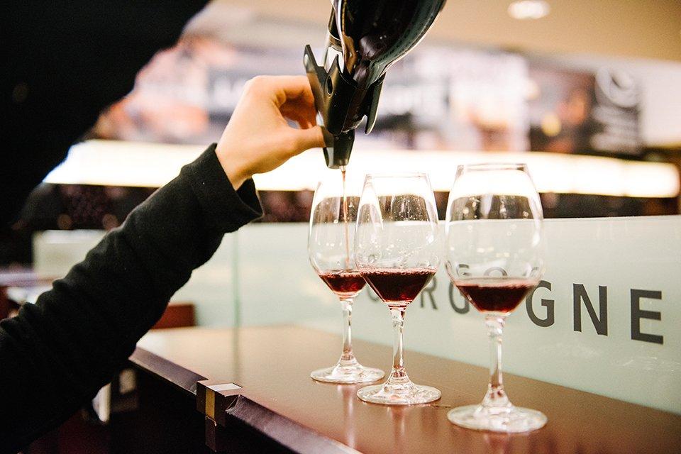 lavinia service vin