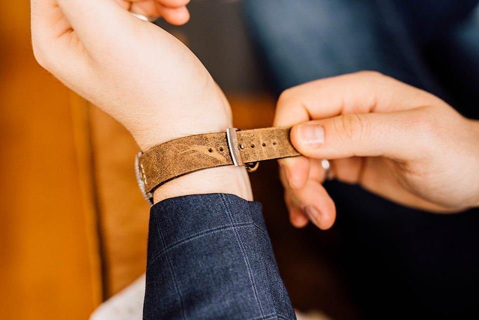 Montre Oris Divers Sixty Five 42mm essayage bracelet