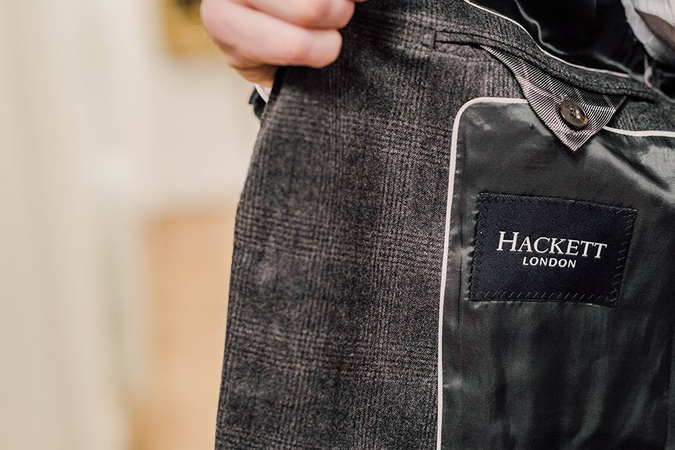 Costume Hackett Logo