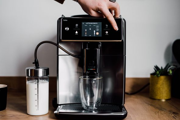 machine cafe latte