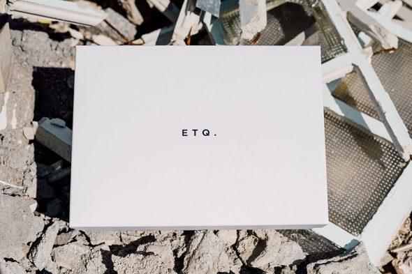 ETQ Low 4 Boite