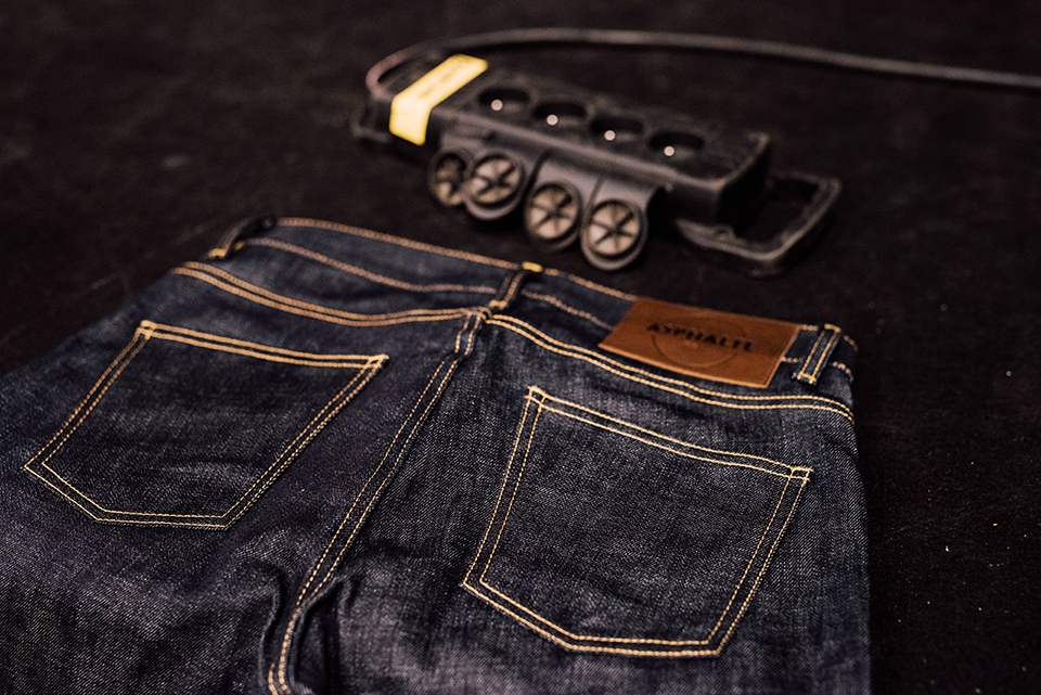 Jeans Asphalte Poches Arrieres