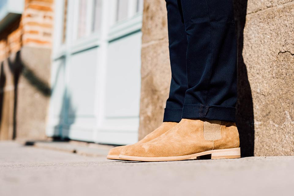 Look denim chic chaussures