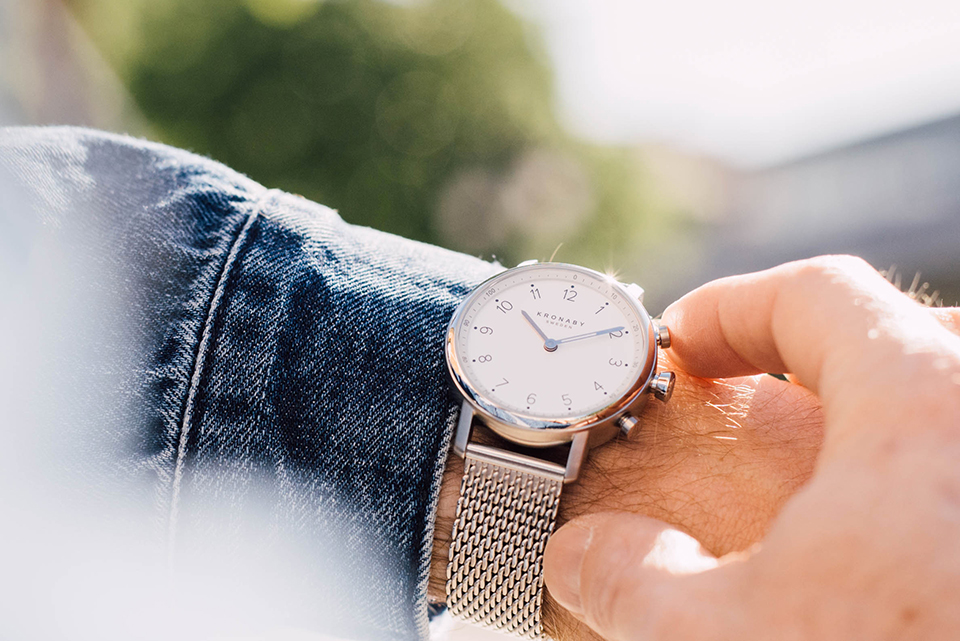 Look denim chic montre zoom