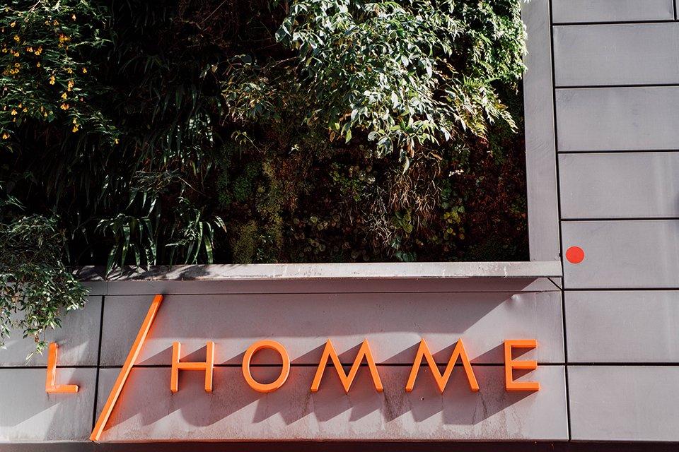 Depuis sa création, le BHV Marais s est fait une place de choix dans le  paysage parisien. Ce grand magasin, originellement appelé « Bazar de  l Hôtel de ... aca4e015504