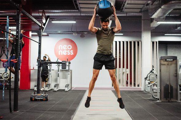 max test noeness slam medecin ball jump