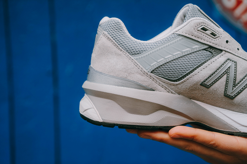 baskets new balance 990v5