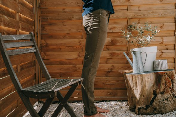 Pantalon Aatise Porte Profil
