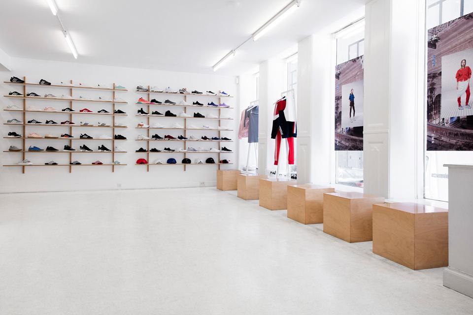 Nakedcph Sneaker Shop