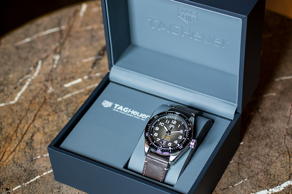 Tag Heuer Autavia Isograph packaging 2