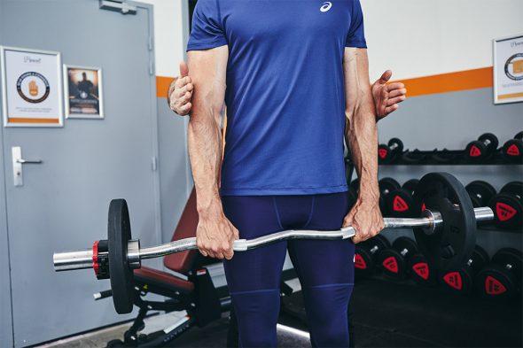 exercices pour developper ses biceps curl inverse position bras