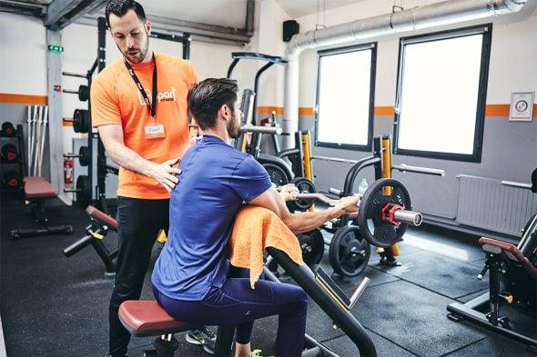 exercices pour developper ses biceps curl pupitre position dos