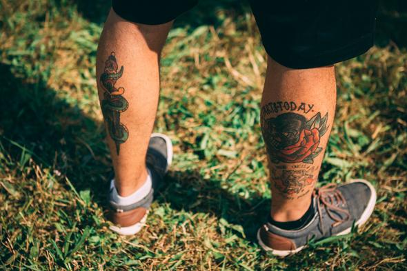 Festival look baskets jack et jones tatoo