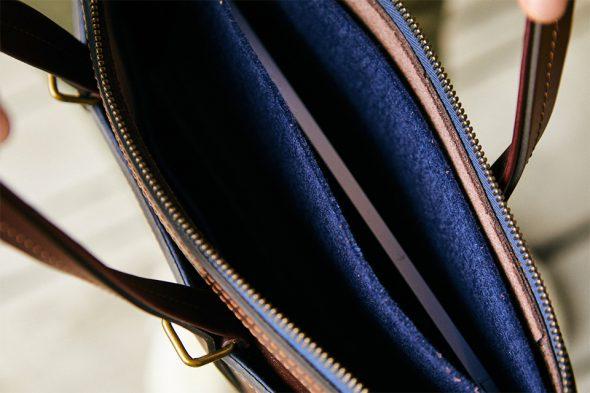 Intérieur porte-documents Bleu de Chauffe