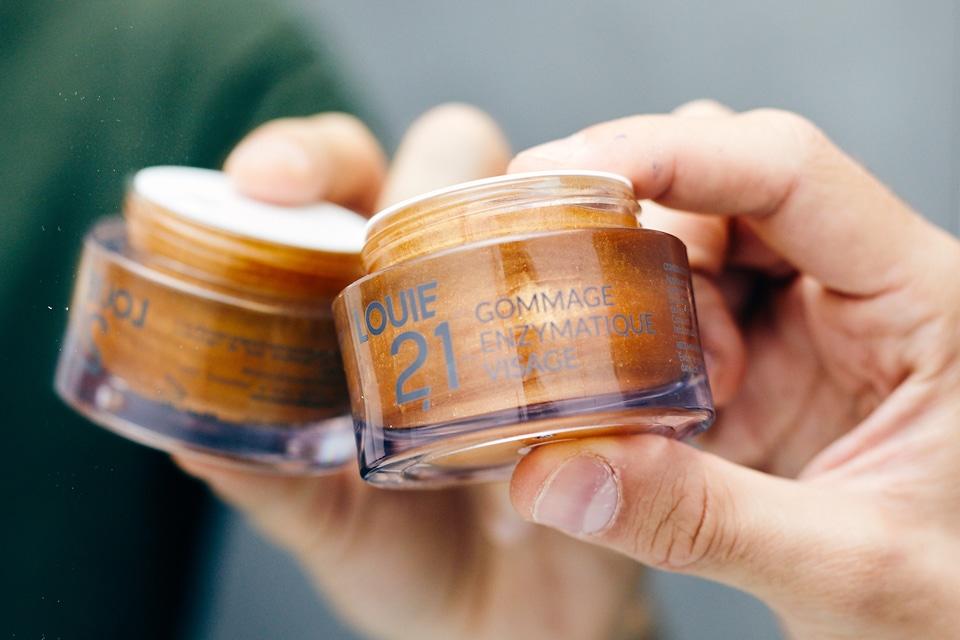 Louie 21 Gommage Pot