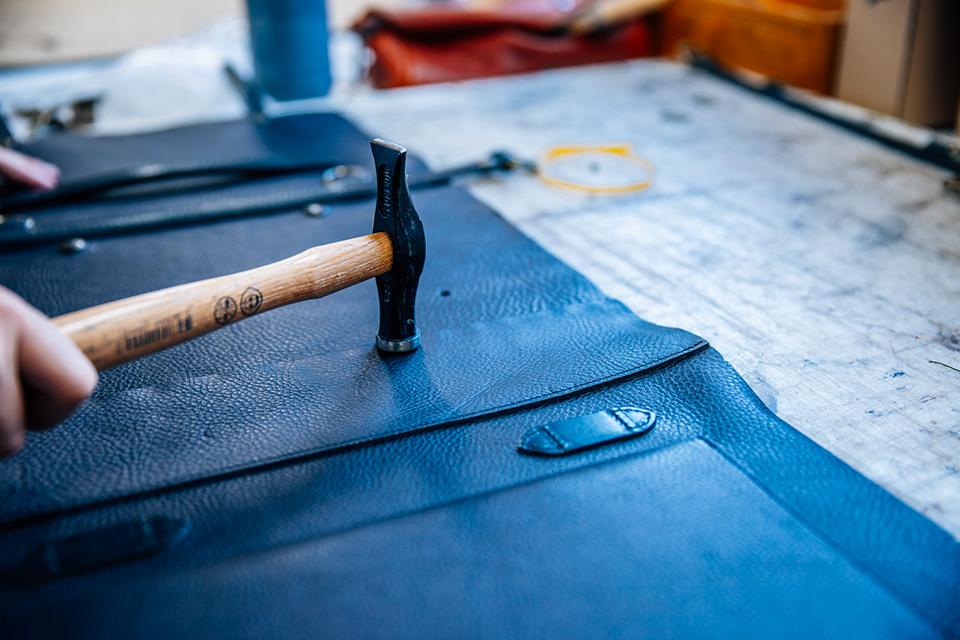 Atelier Bleu de chauffe marteau