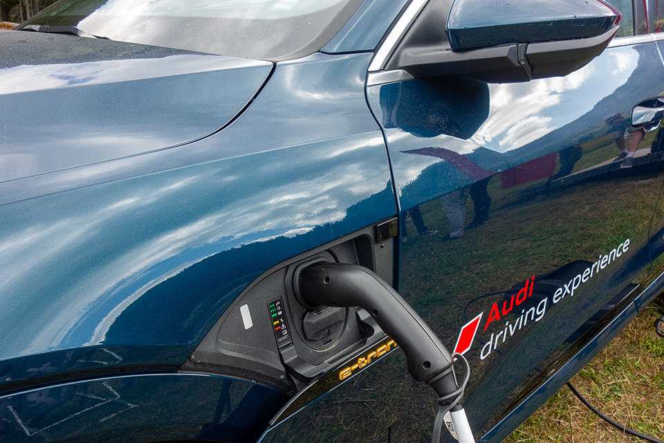 Audi E-Tron Recharge
