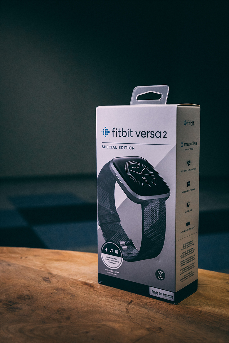 montre connectee fitbit versa 2 test et avis packaging