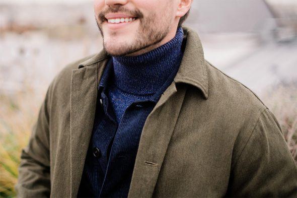 layering col roulé veste velours manteau
