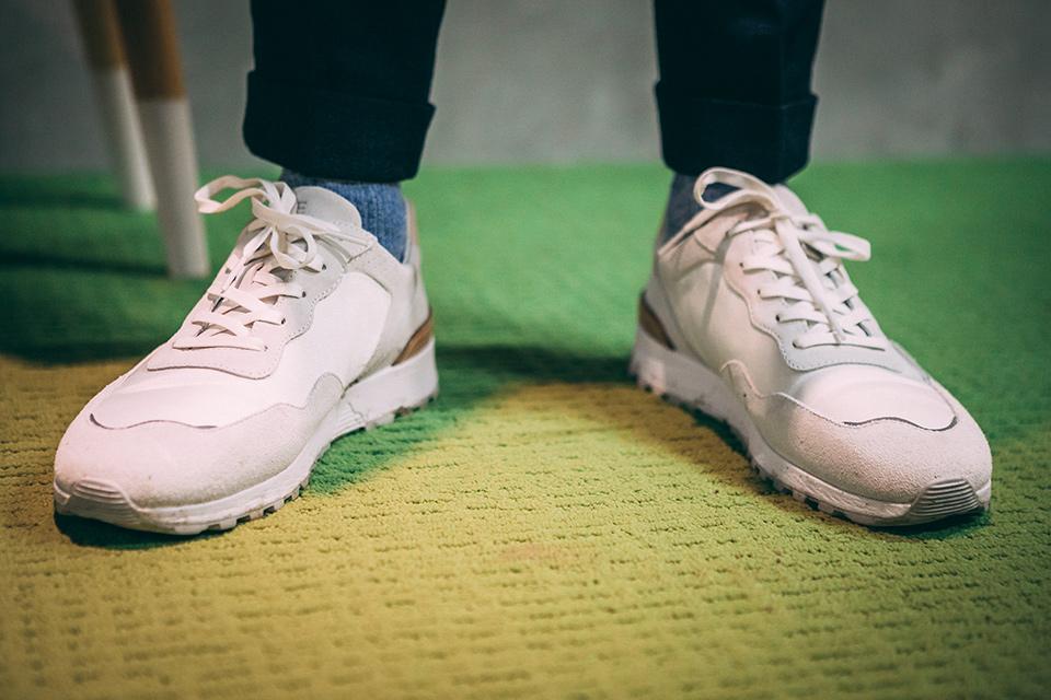 Look musée pantalon flanelle sneakers