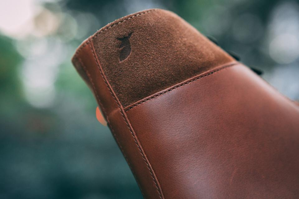 pied-de-biche-combat-boots-design