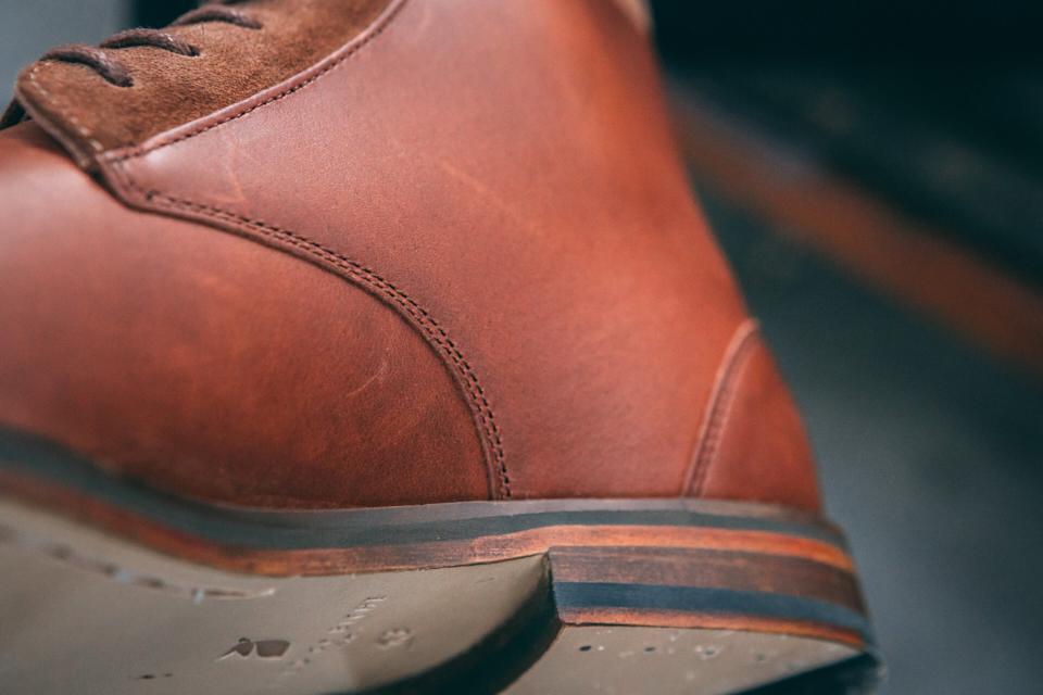 pied-de-biche-combat-boots-conception