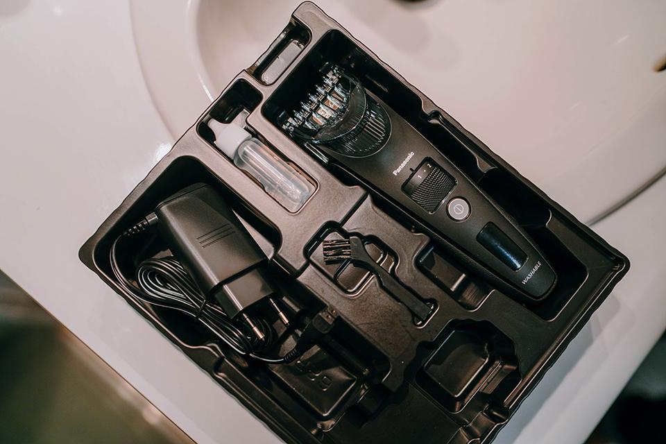 tondeuse panasonic ER-SC40-K equipement