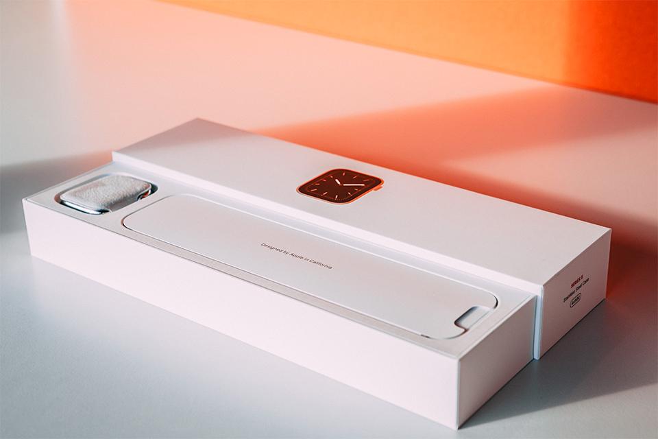 Interieur boite Apple watch series 5