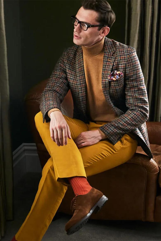 pantalon en velours jaune moutarde new & lingwood