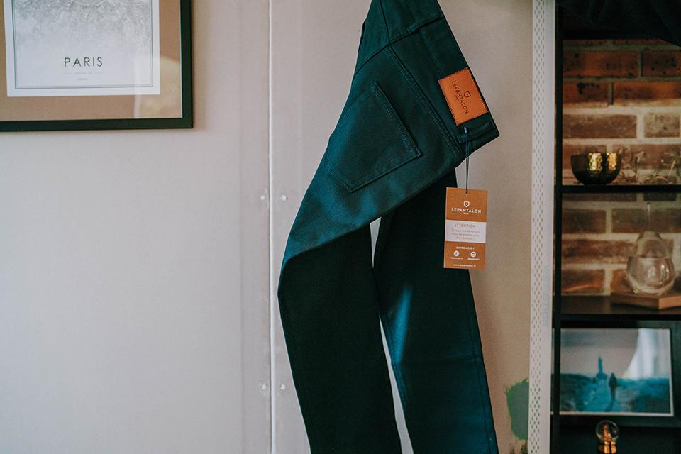 Pantalon Lepantalon Cinq Poches Etiquette Carton