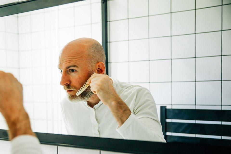 Tondre barbe soi-même joe contour joue peigne