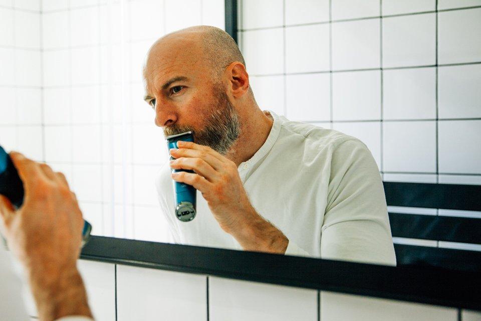 Tondre barbe soi-même joe tonte moustache