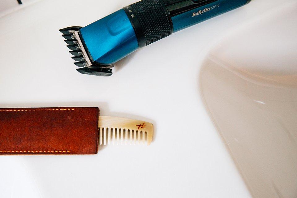 Tondre barbe soi-même tondeuse peigne
