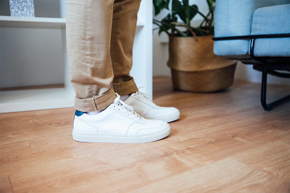 Choisir Porter Sneakers Blanches