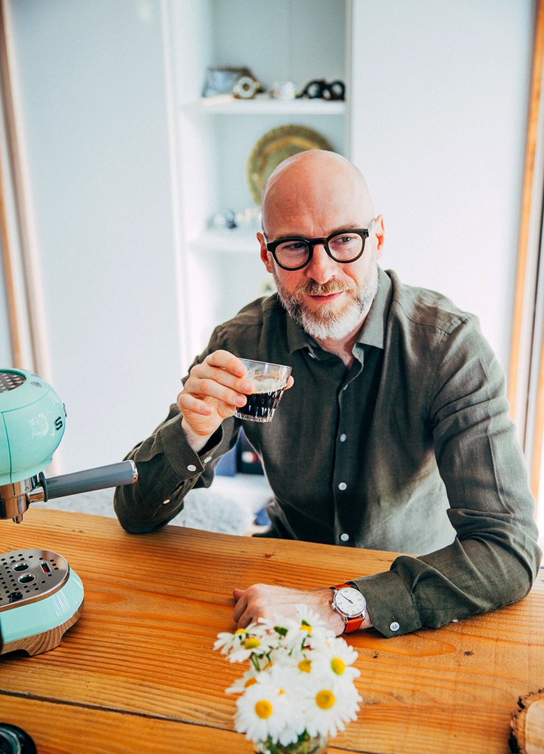 Café SMEG dégustation expresso portrait