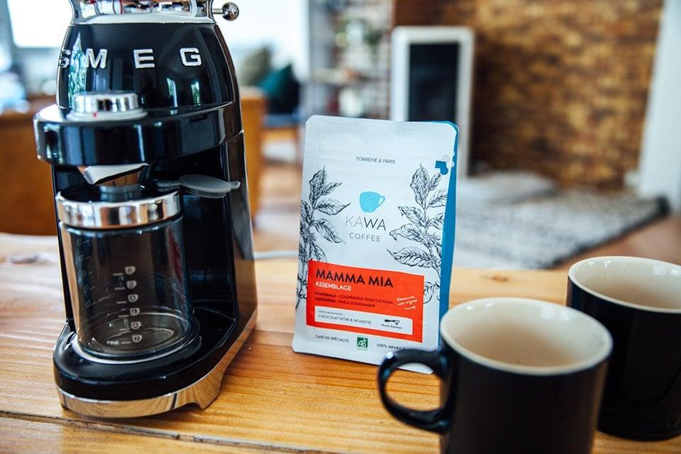 Café SMEG préparation broyeur Kawa