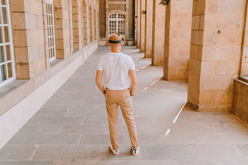 Chino T-Shirt Look