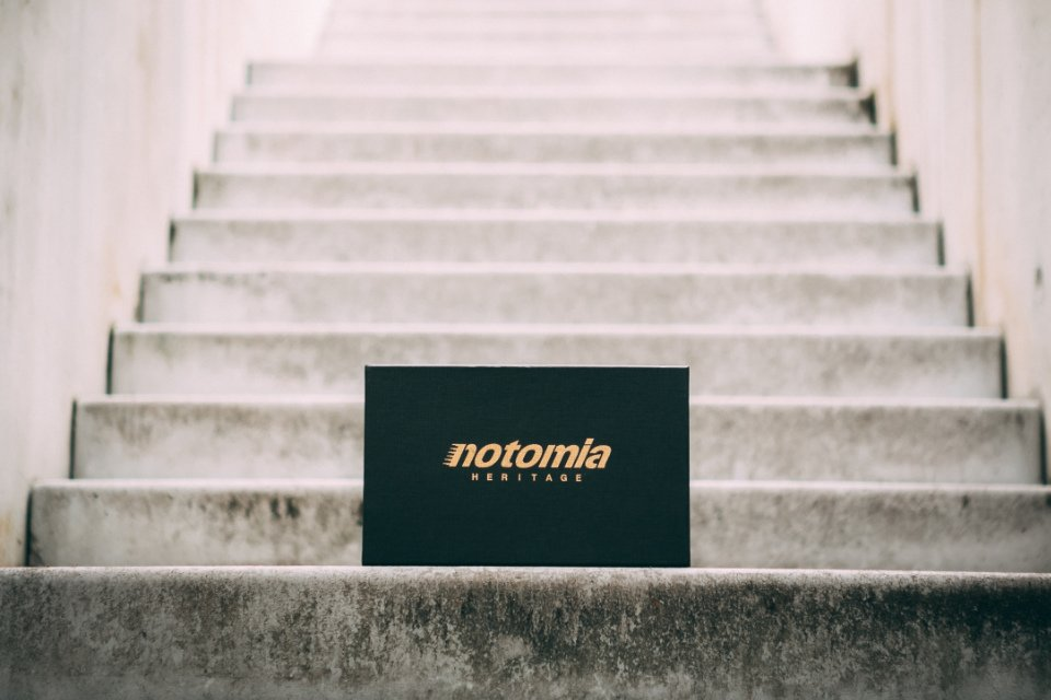Notomia-Aquila-2-Boite
