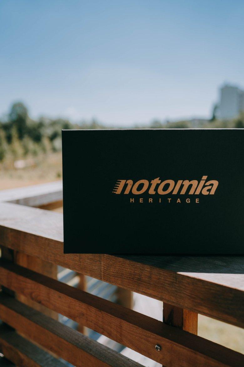 Notomia Aquila Boite Vertical
