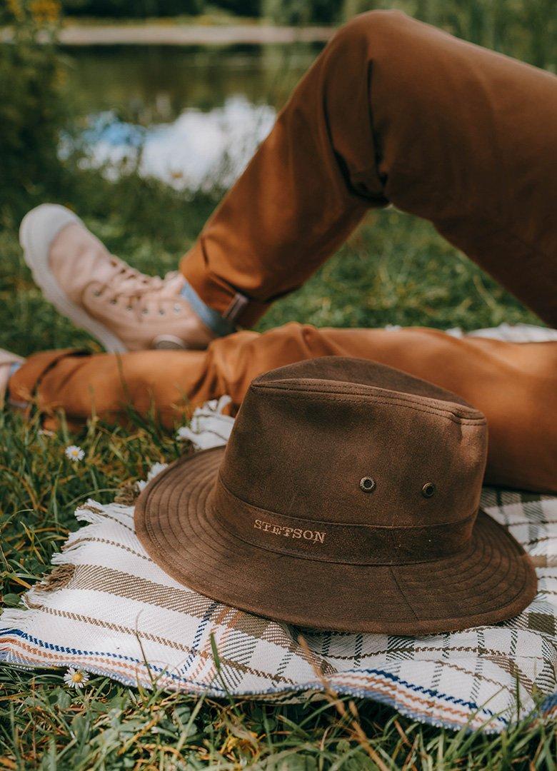 Parc des gayeulles chapeau stetson