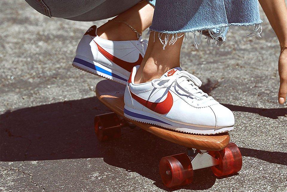 Nike cortez on foot