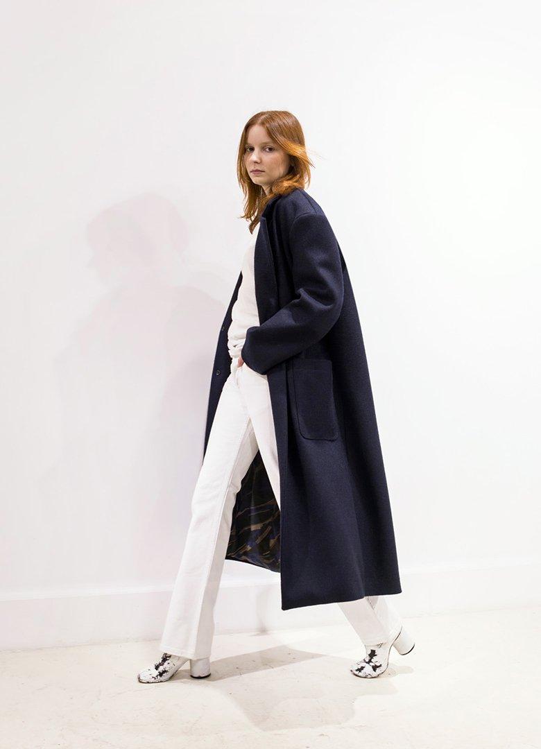 Atelier Loden manteau bleu face femme