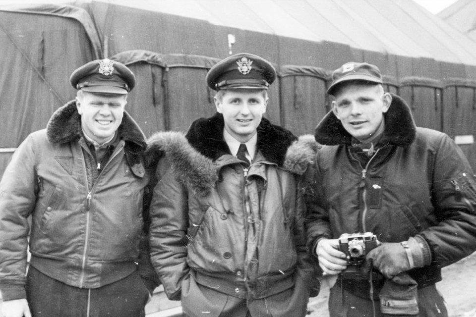 Bomber B15 histoire