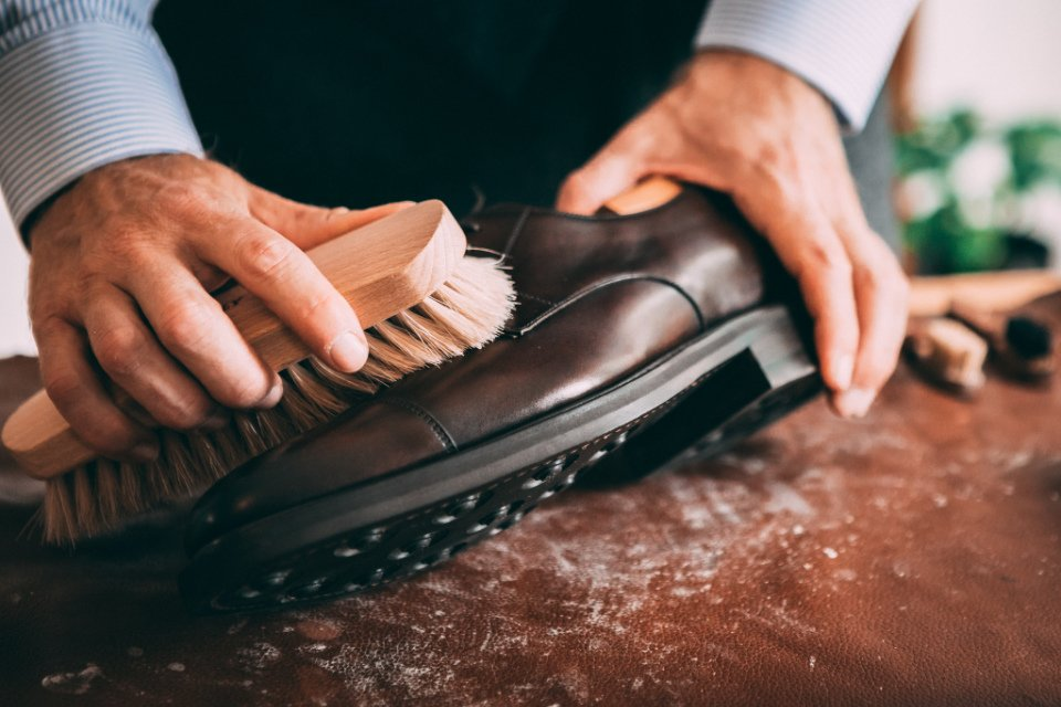 Comment Entretenir Chaussures Pluie Brosse