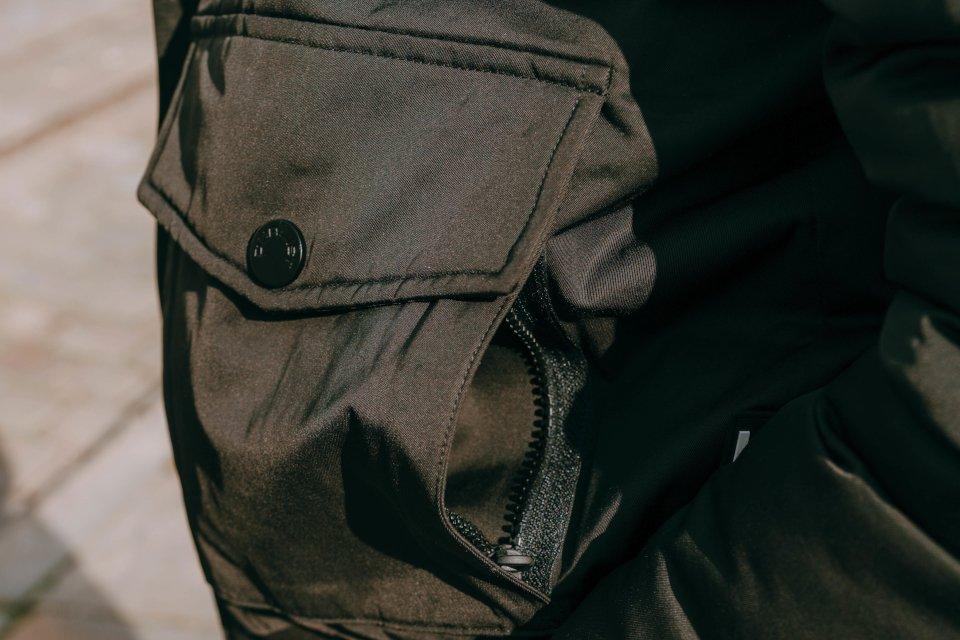 dualist zoom poche noire