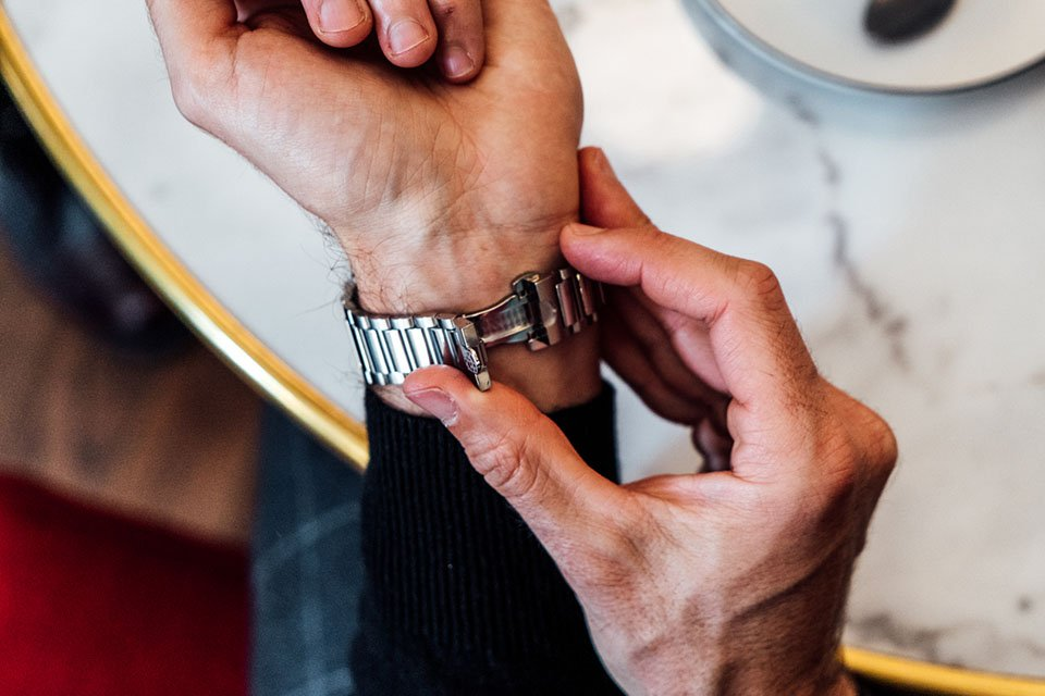 Montre frederique constant highlife bracelet etape 2