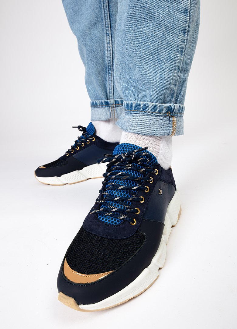 new lab sneakers bleues