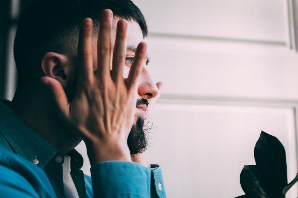 huile heritage into the beard visage profil